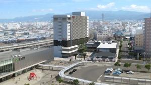 函館駅隣接「ハコビバ」、ホテル+19店舗で12/1オープン!